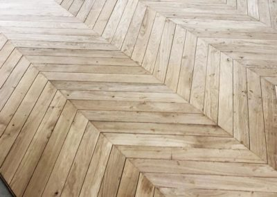 0150 Pose parquet bordeaux